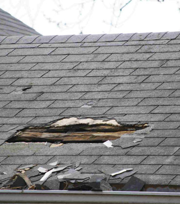 How to Identify Roofing Issues